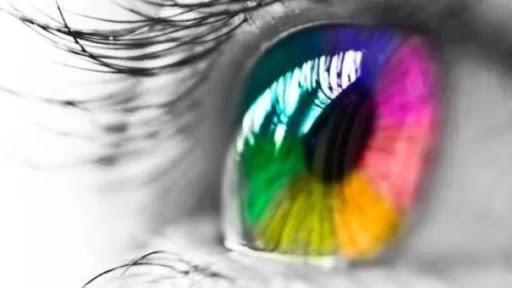 Daltonismo e tratamento com lentes de contato